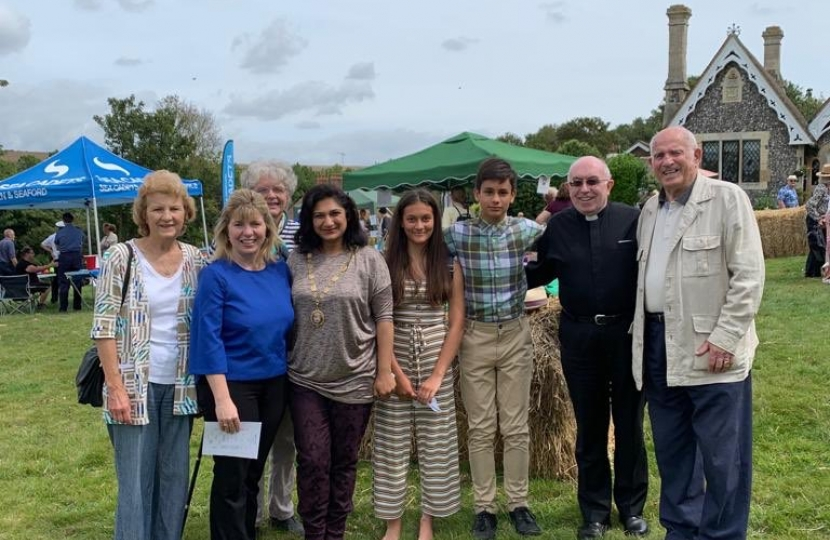 Maria Caulfield MP at Bishopstone Church Summer Fete with Father Trevor Smyth (Vicar of St Andrew's Church), Cllr Nazish Adil (Mayor of Seaford) and the Young Mayor of Seaford