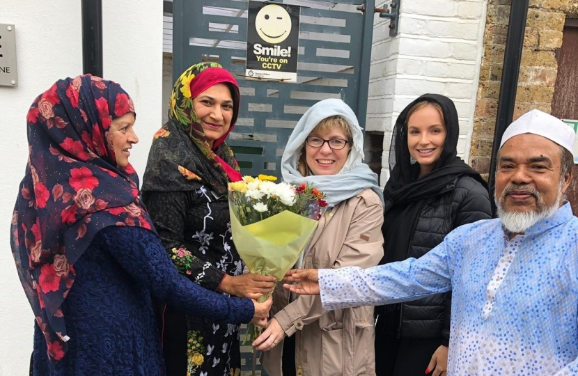 Maria Caulfield MP among worshippers at the Seahaven Islamic Community mosque